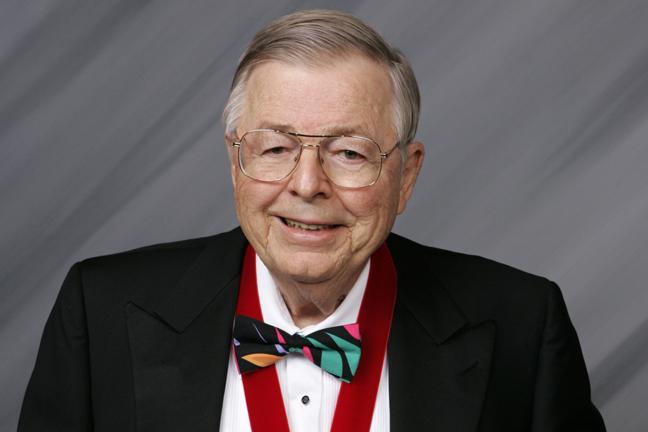 Earl E. Bakken headshot photo