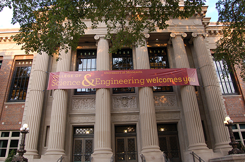 CSE Welcome banner hanging on Walter Library